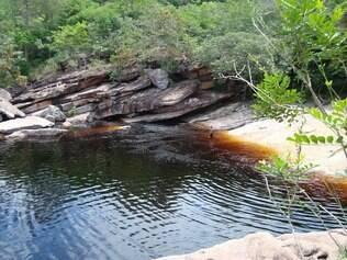 Quatro quilômetros de trilha leve levam a Ribeirão do Meio, na Chapada Diamantina