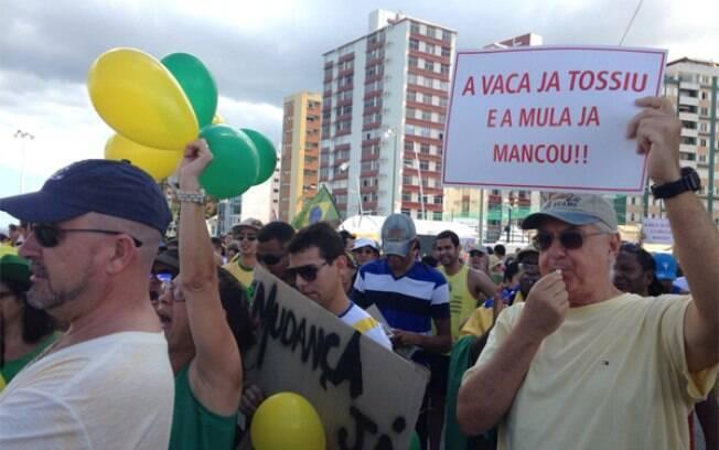 Em Salvador, a concentração do protesto aconteceu no Farol da Barra. Foto: iG Bahia
