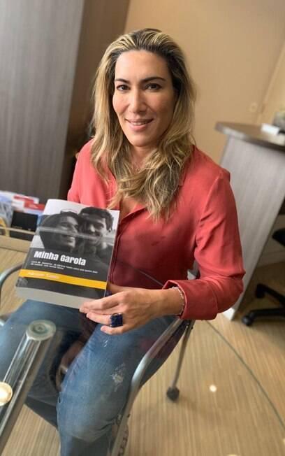 Adriane Yamin escreveu o livro