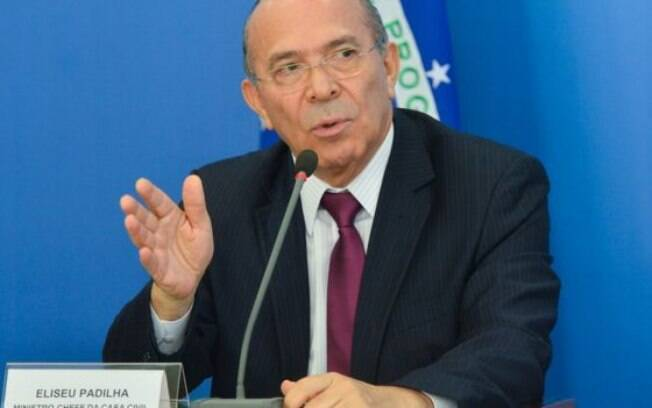 Citado por ex-assessor de Temer em suposto esquema, ministro Eliseu Padilha se licenciou do cargo para fazer a cirurgia