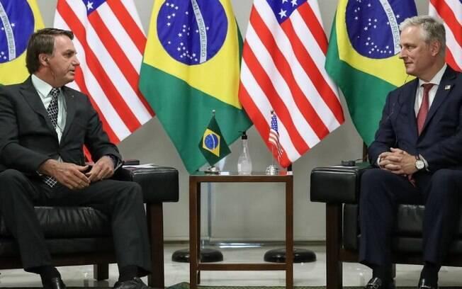Brasil e banco americano assinam acordo de US$ 1 bi