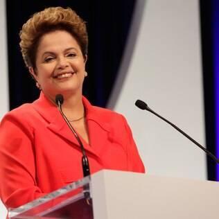 A presidente e candidata à reeleição, Dilma Rousseff (PT), durante o debate com os candidatos à presidência