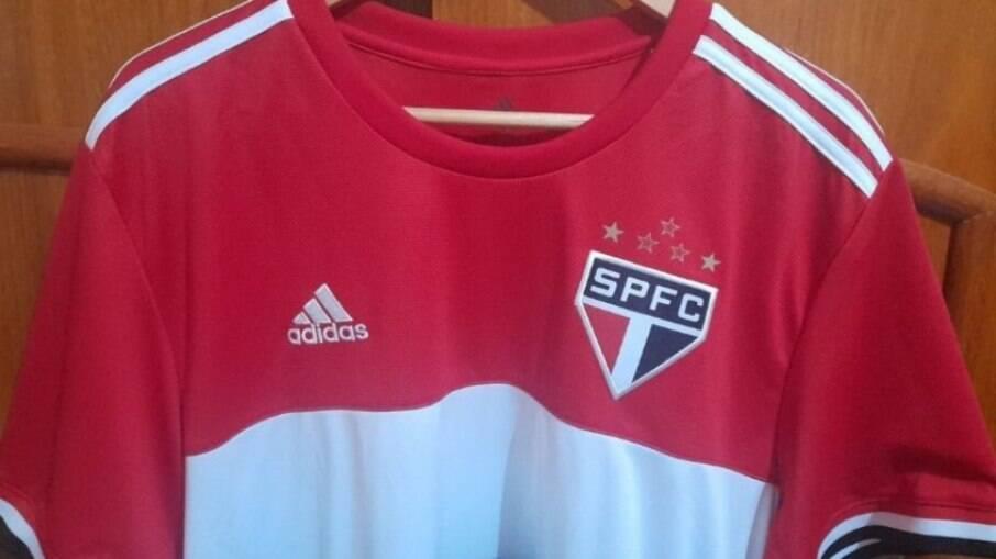 Suposta nova terceira camisa do São Paulo
