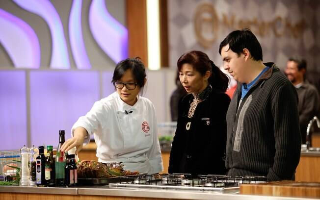 Com a família ao lado, Jiang foi eliminada do