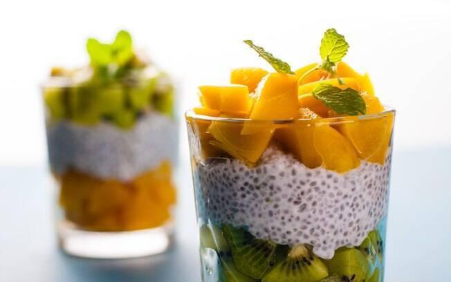 Entre os benefícios da chia está trazer uma maior sensação de saciedade quando consumida antes das refeições