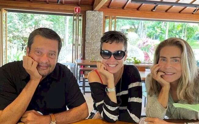 Adriana Calcanhotto está namorando com Maitê Proença