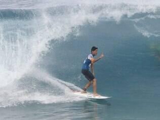 USA - PIPE MASTERS / WCT / SURFE - ESPORTES - Gabriel Medina durante o 3 round na praia de Pepiline no décimo primeiro dos 13 dias de janela para a disputa, do Billabong Pipe Masters, última etapa do Circuito Mundial de Surfe, na Praia de Pipeline, na ilha de Oahu, no Havaí. 14/12/2014 - Foto: THIAGO BERNARDES/FRAME/FRAME/ESTADÃO CONTEÚDO