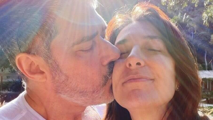 William Bonner e Natasha Dantas celebram três anos de casados