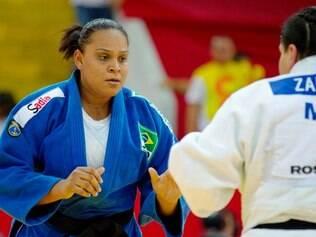 Claudirene Cézar é a atleta mais experiente o grupo que vai encarar as cubanas