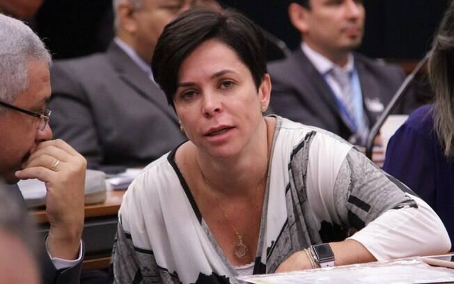 Presença de Cristiane Brasil à reunião é limitada ao período compreendido entre o início e o encerramento do evento