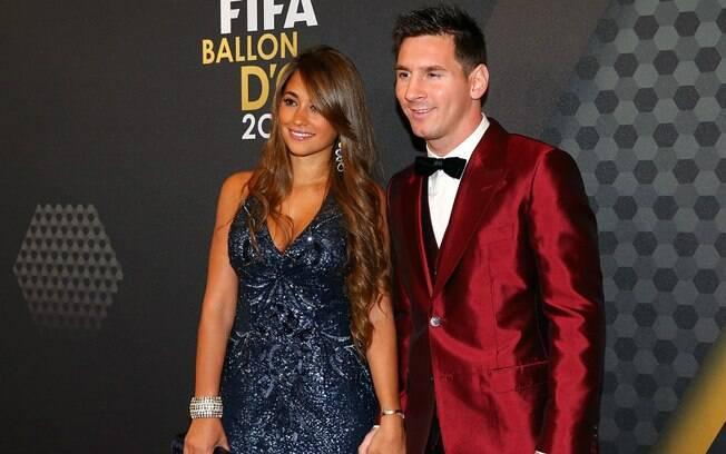 Antonella Roccuzzo e Lionel Messi namoram desde o ano de 2007