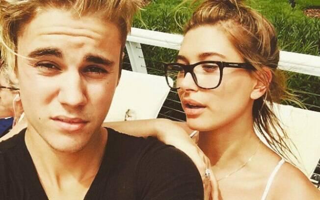 Hailey Baldwin e Justin Bieber estão noivos