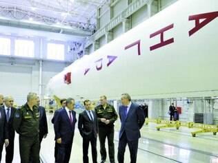 Estreia espacial do novo foguete russo, chamado de 'Angara', foi considerada discreta