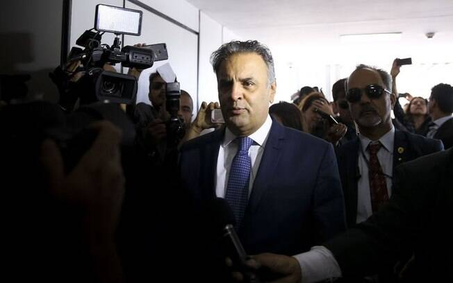 Senador Aécio Neves (MG)  foi afastado da presidência do PSDB após a divulgação das delações da JBS