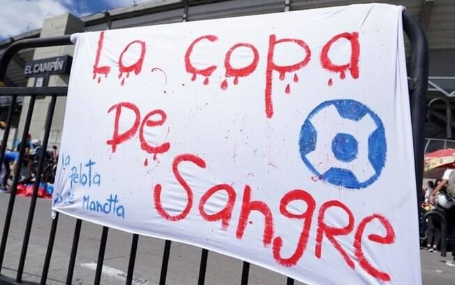 'Insanidade': Copa América no Brasil pode agravar terceira onda e 'caldeirão' de variantes