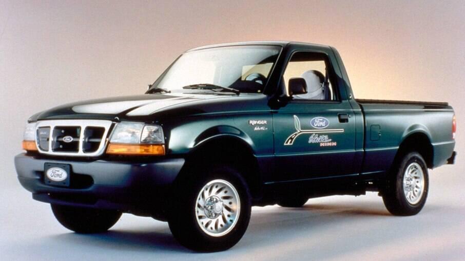 Ford Ranger EV elétrica da picape tem autonomia de apenas 105 km, com baterias de níquel-hidreto