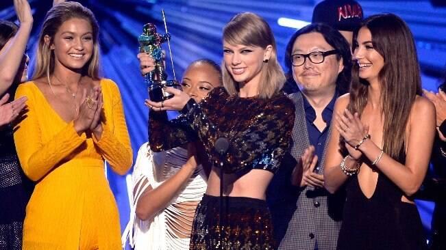 Taylor Swift é a maior vencedora do VMA 2015
