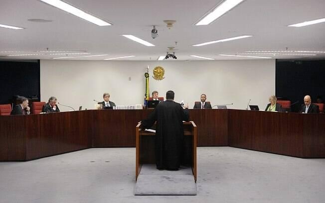 Ministros da 1ª turma votaram pela rejeição de habeas corpus