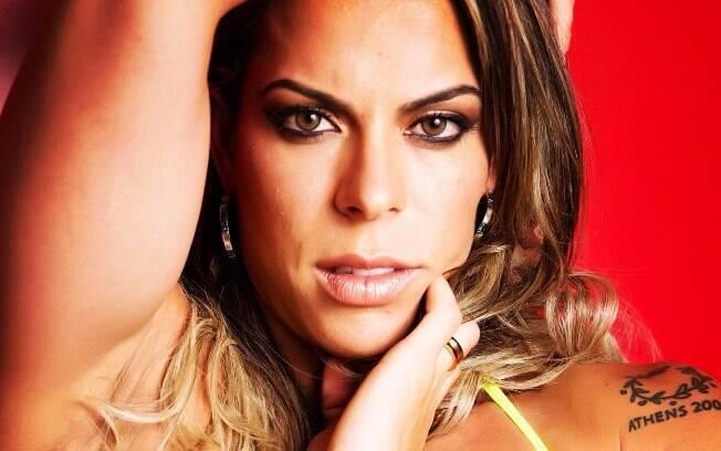 Rebeca Gusmão acredita que as mulheres sofrem mais com a pressão estética porque se cobram mais e são competitivas