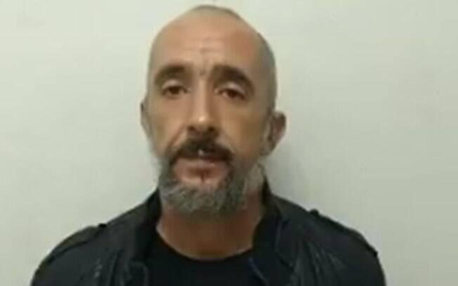 Em regime aberto, Cristian Cravinhos é flagrado com arma e munições que pertencem ao Exército