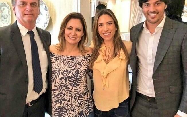 Jair Bolsonaro (sem partido), sua mulher, Michelle, a apresentadora Patrícia Abravanel e o deputado federal Fábio Faria (PSD-RN)