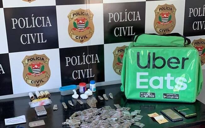 A ação foi realizada pela 1ª Delegacia de Polícia de Investigações Gerais da DEIC, do Deinter 6 de Santos%2C