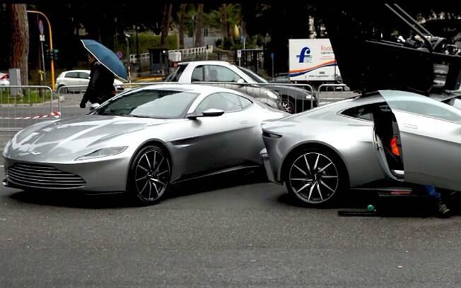 Quatro modelos do Aston Martin DB10 estão em Roma para as gravações de