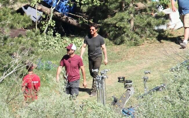 Tom Cruise filmando em Los Angeles nesta terça-feira (10)
