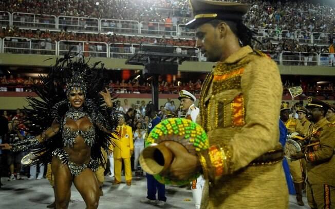 Gracyanne Barbosa, rainha de bateria da Unidos da Tijuca
