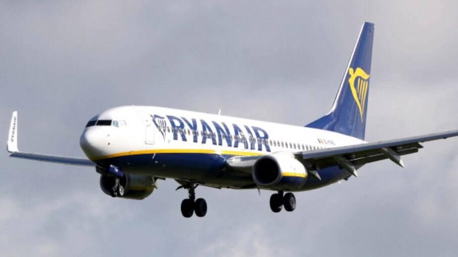 Avião Ryanair onde morreu de infarto um senhor de 84 anos
