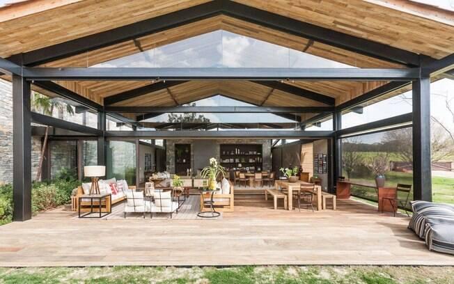 Projeto de casa de campo tem releitura moderna e for Casa moderna de campo