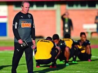 Retorno. Levir Culpi já está no comando da equipe em Porto Alegre e diz que não vê a hora de voltar a BH, onde se sente em casa