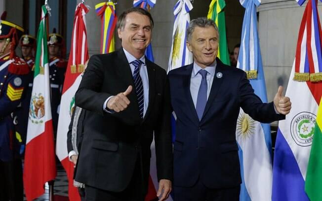 Bolsonaro e o presidente da Argentina, Mauricio Macri, durante a cúpula do Mercosul