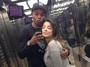 Acostumado a se declarar para esposa no Instagram, Fernandinho não deixou data passar em branco