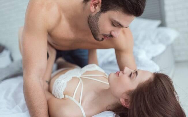O sexo no primeiro encontro pode ajudar no aprofundamento da conexão emocional entre estranhos, afirma pesquisa