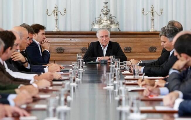 Temer se reúne com integrantes dos conselhos vinculados à Presidência para falar sobre a intervenção federal
