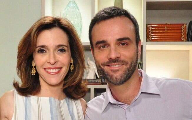 Eunice (Deborah Evelyn) e Júlio (Marcelo Valle) em