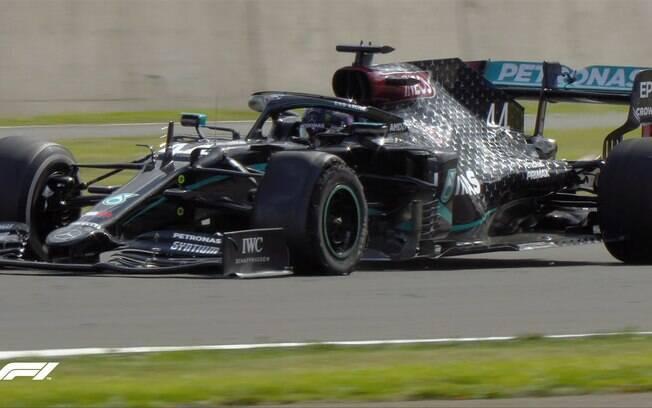 Britânico venceu mais uma vez no circuito de Silverstone
