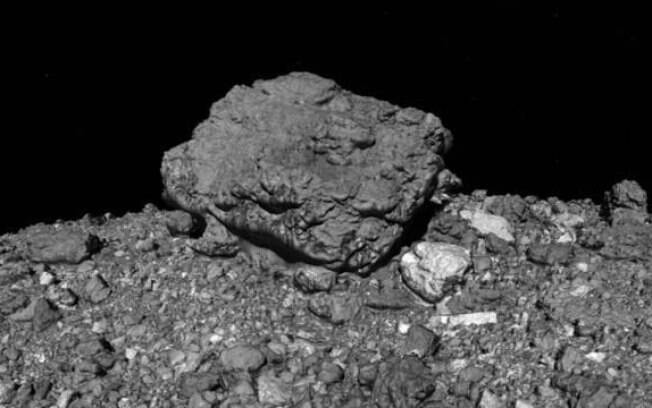 Osiris-Rex pousou no asteroide na noite da última terça-feira (20).