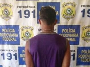 Homem entregou documentação falsa para a polícia, quando abordado