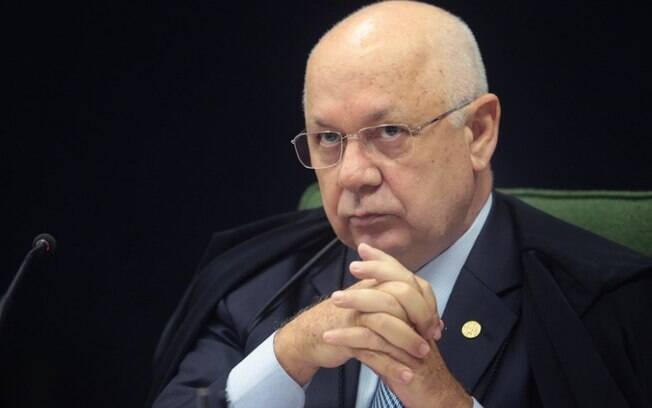Ministro do Supremo Tribunal Federal, Teori Zavascki, morre em acidente de avião nesta quinta-feira (19)
