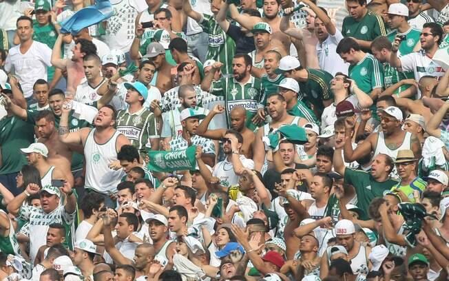 Torcida do Palmeiras na Arena Corinthians