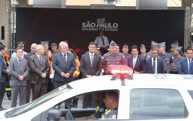 Vice-governador Rodrigo Garcia fez a entrega das viaturas