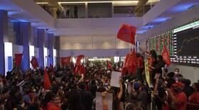 MTST invade Bolsa de Valores em protesto contra a fome