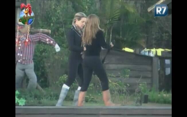 Joana Machado e Raquel Pacheco se encontram antes das tarefas matinais