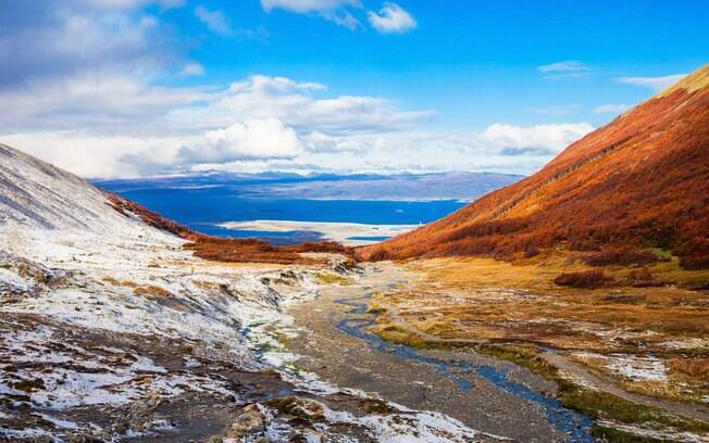 O que fazer em Ushuaia: além de oferecer belas vistas no verão, o Glaciar Martial serve de pista de esqui no inverno
