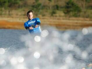 Esportes  - Belo Horizonte, Mg. Wake Board. Campeonato Mundial de Wakeboard na Lagoa dos Ingleses em Belo Horizonte. Fotos: Leo Fontes / O Tempo - 17.5.15