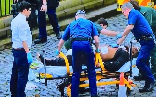 Polícia atirou contra homem que tentou entrar no prédio do Parlamento nesta quarta-feira