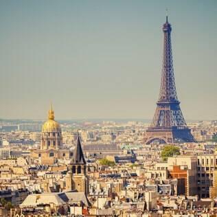 A cidade com o maior número de propriedades disponíveis no Misterbnb é Paris, com mais de 800 opções