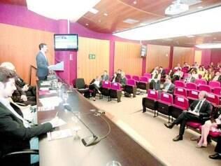 Governo britânico realizou ontem um seminário na capital mineira